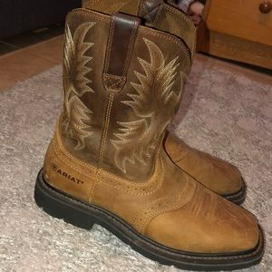 Arias boots